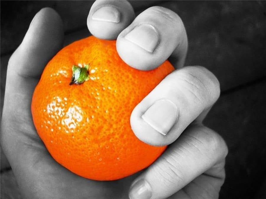 Relaciones posesivas ¿mi media naranja?